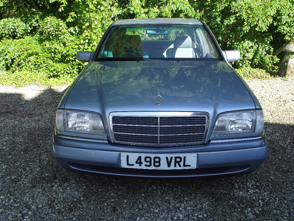 A 1994 mercedes benz c220 elegance registration number for 1994 mercedes benz c220
