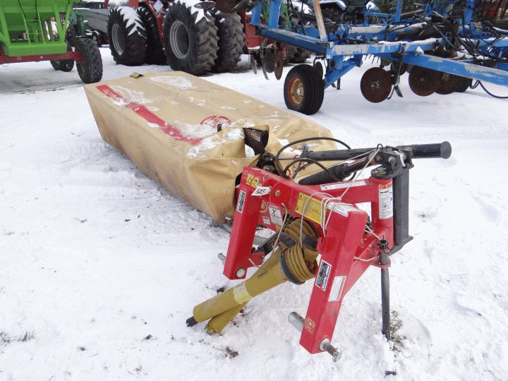 Lot 854: Vicon CM2400 Disc Mower Like New, Used on 50 acres