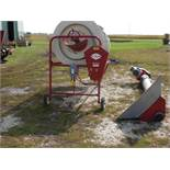 HiCap 40 dual screen grain cleaner w/swing auger, cleans corn & beans.