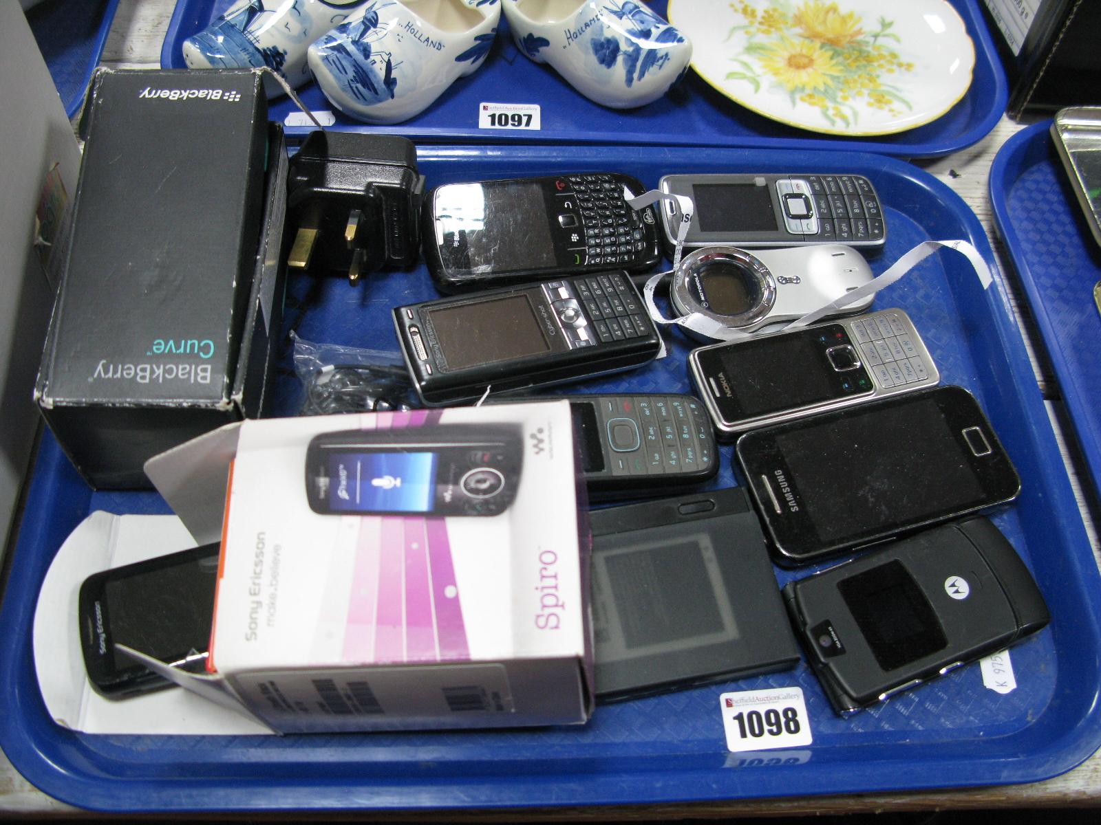 Lot 1098 - Various Mobile Phones, Blackberry, Nokia 3109, Sony Eriksson, Samsung, Motorola, Eriksson Spiro,