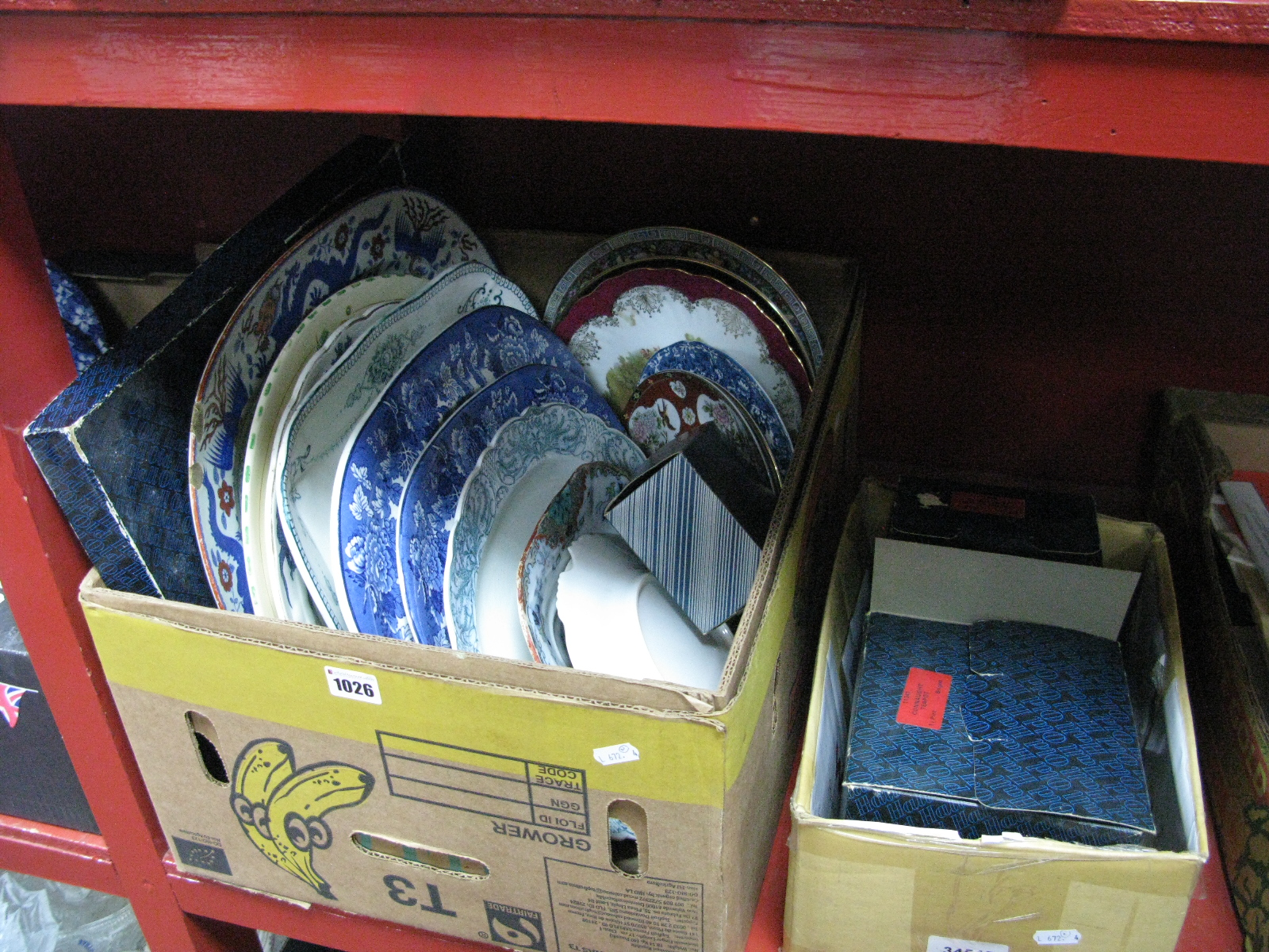 Lot 1026 - Old Hall Stainless Steel Ware, in original boxes; a quantity of meat and dinner plates to include