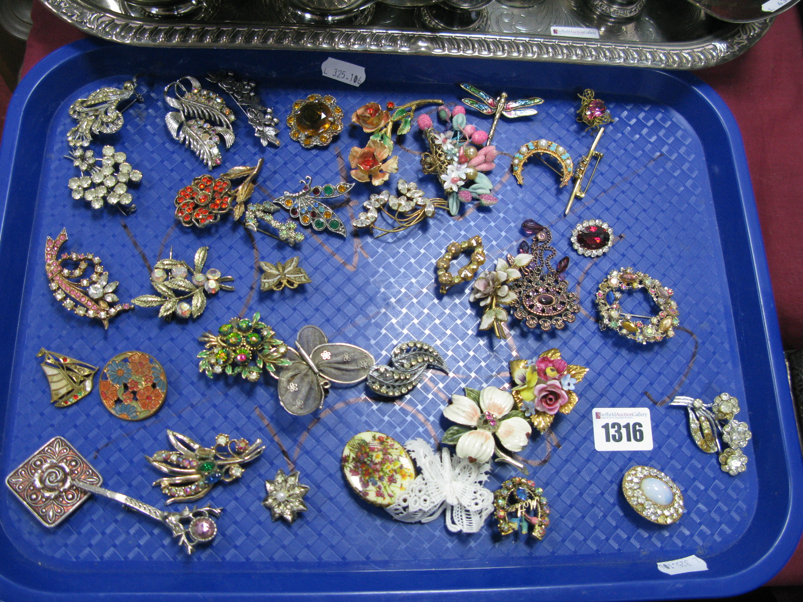 Lot 1316 - A Collection of Assorted Costume Brooches:- One Tray