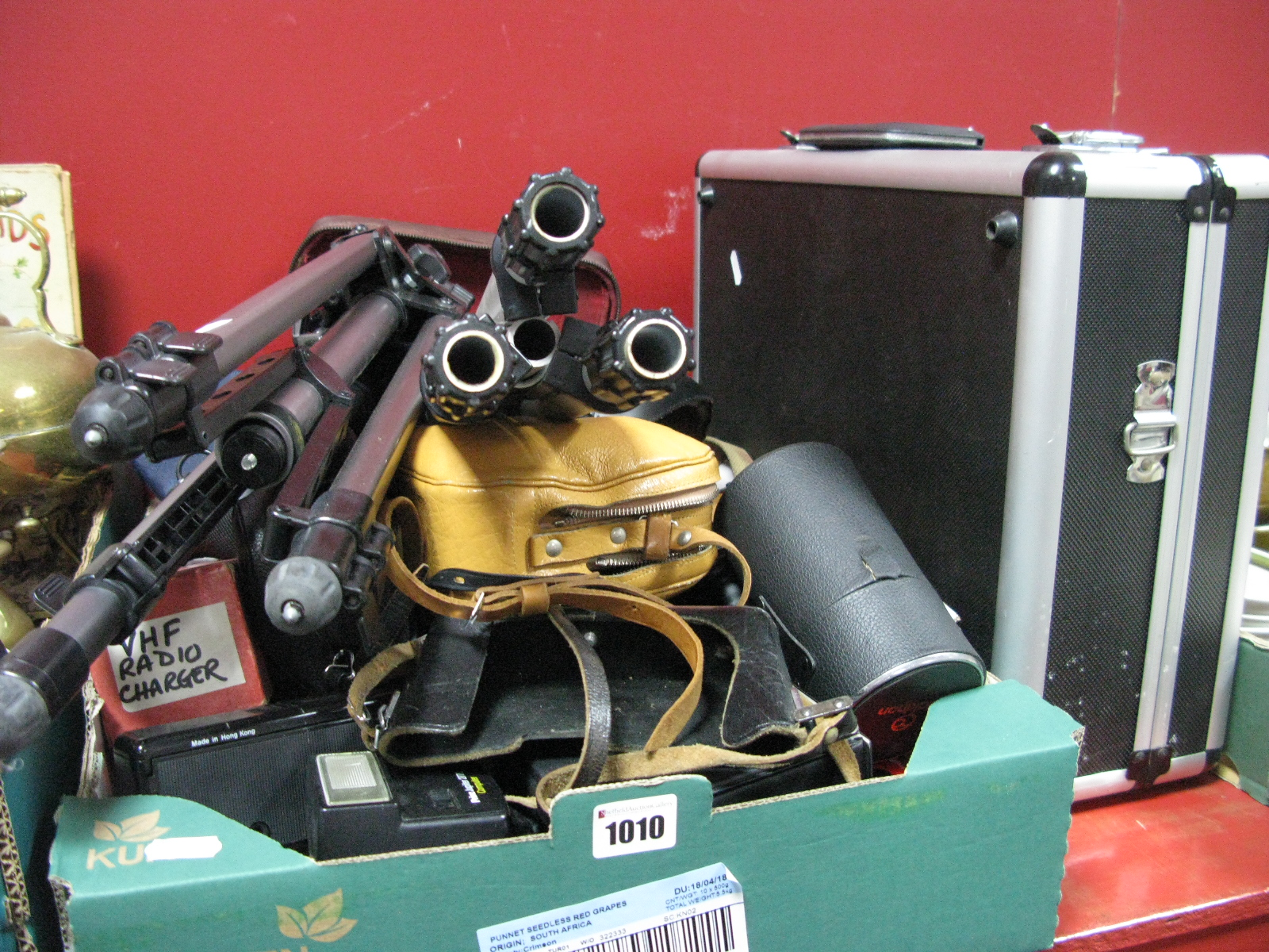 Lot 1010 - Camera Accessories, tripod, lens, cases, light meters, filters, instamatic camera's glass slides,