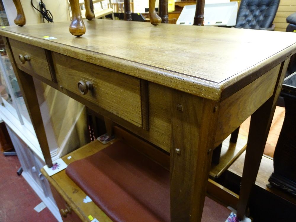 Lot 35 - Antique style oak two drawer side table of peg joined construction