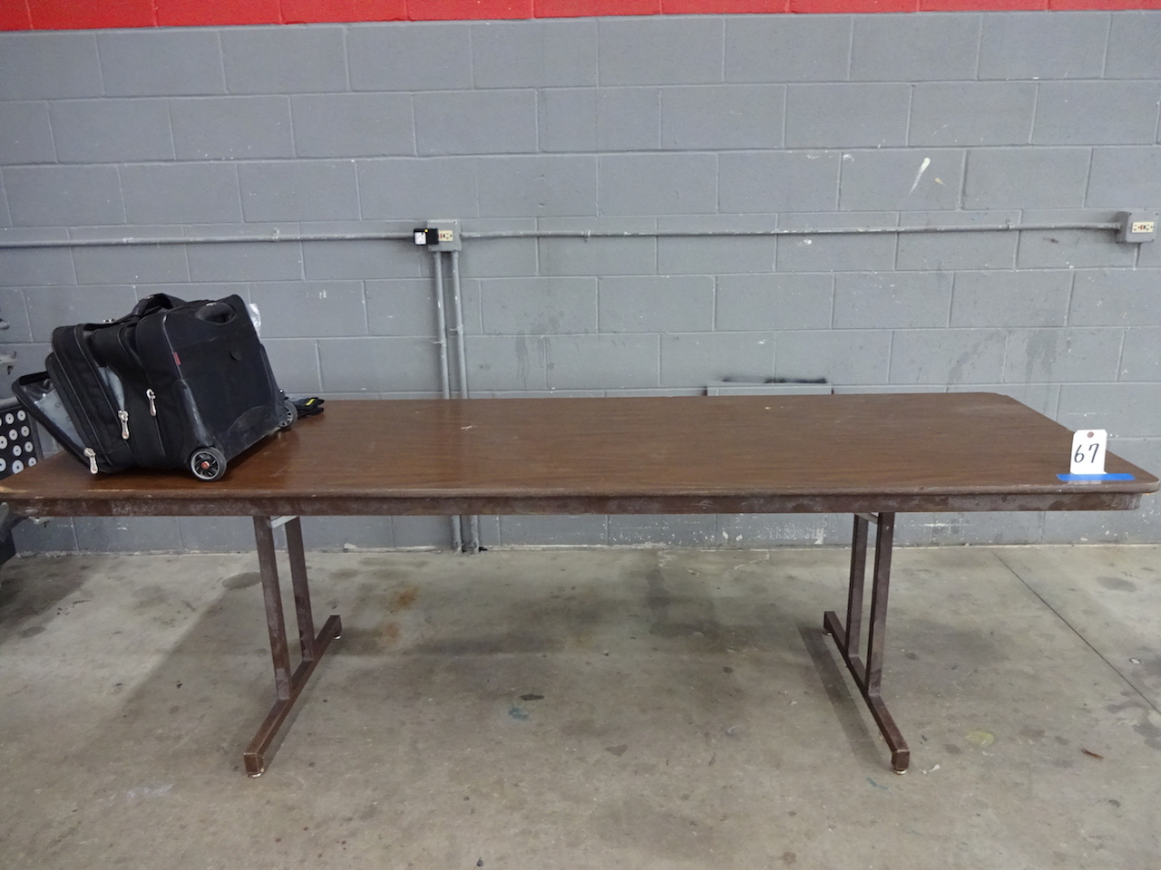 Lot 67 - FOLDING TABLE