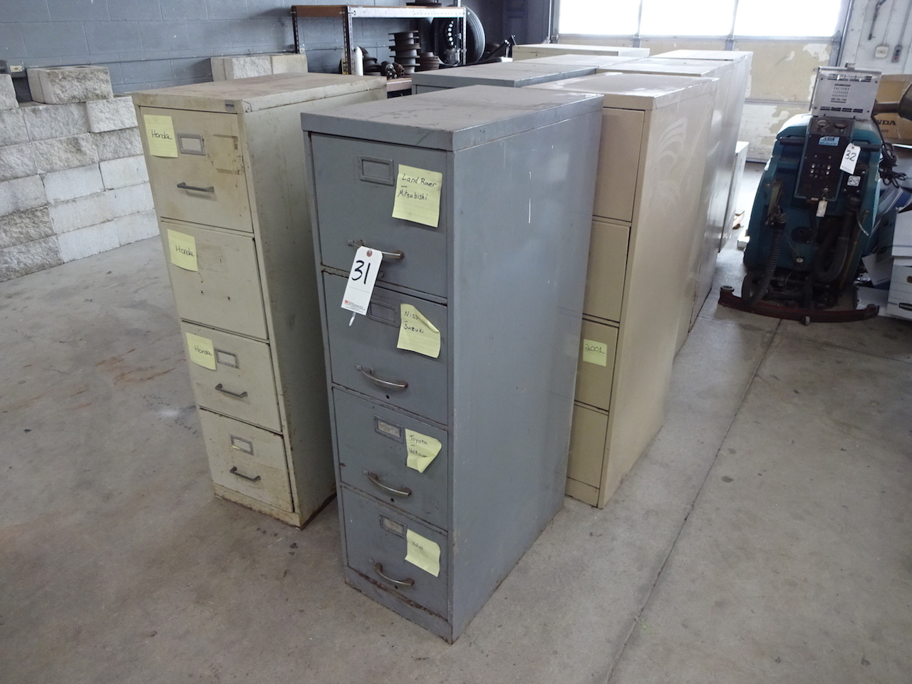 Lot 31 - LOT: (8) ASSORTED FILE CABINETS