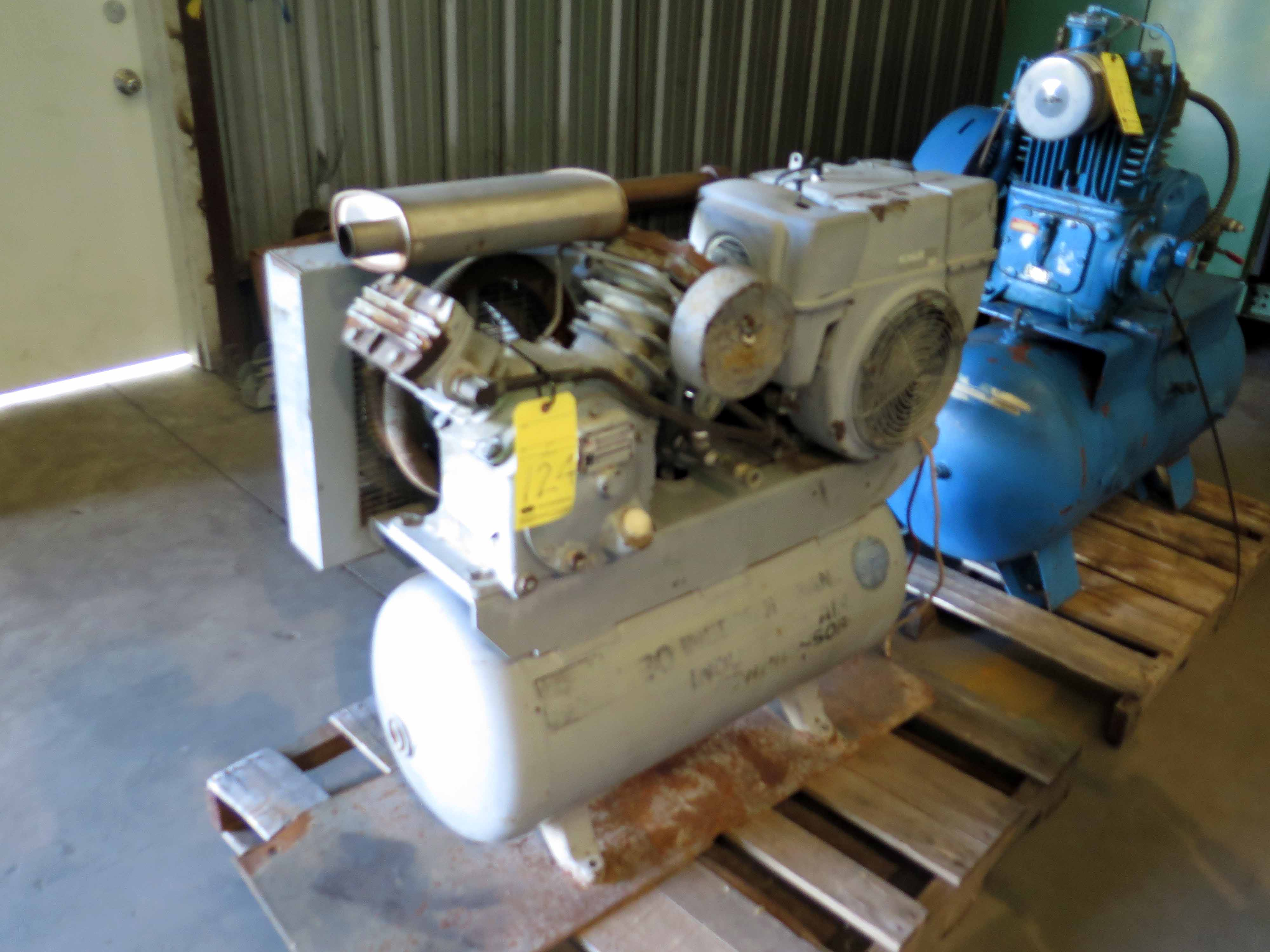 Lot 124 - RECIPROCATING TYPE AIR COMPRESSOR, INGERSOLL-RAND MDL. 10FGT, 30