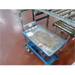 Dandy hudraulic lift table