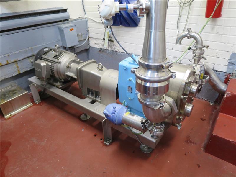Waukesha CB Positive Pump, model 220, 15 hp drive, s/n 393373-05