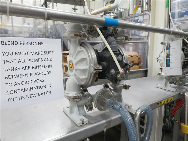 flavour pumping system, including (6) Sandpiper air-operated double diaphragm pumps, S/S pump stand, - Image 4 of 7