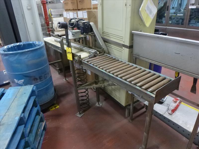 powered belt conveyor c/w gravity roller conveyor
