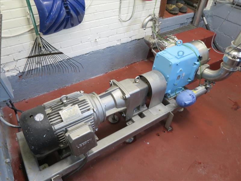 Waukesha CB Positive Pump, model 220, 15 hp drive, s/n 393373-05 - Image 2 of 3
