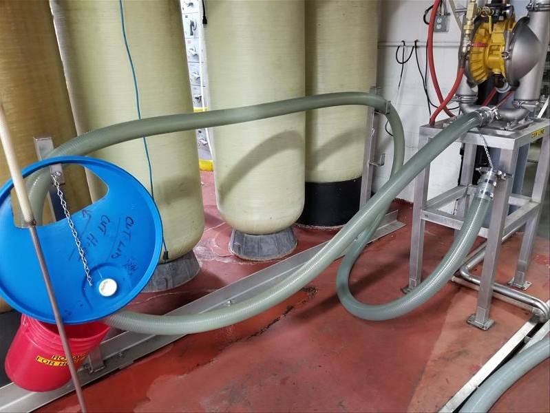 Lot 240A - (5) misc hose