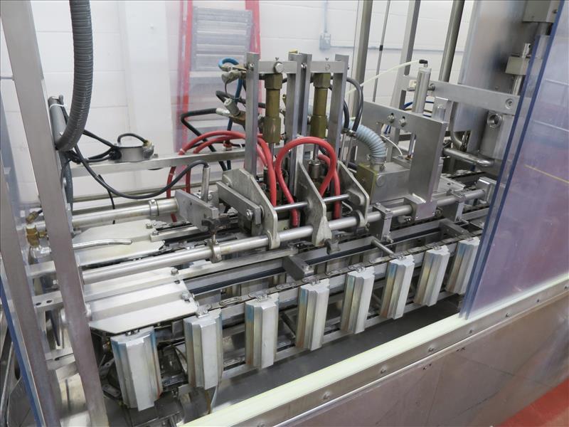 "Lot 151 - LiquiPak form/fill/seal ""Pure-Pak"" gable-top paper carton filling machine, model 800-LH, ser. no."