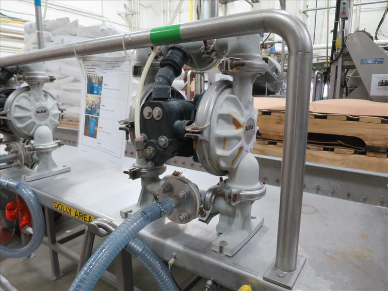 flavour pumping system, including (6) Sandpiper air-operated double diaphragm pumps, S/S pump stand, - Image 5 of 7