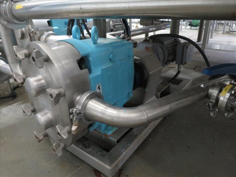 Waukesha CB Positive Pump, model 60, 5 hp drive