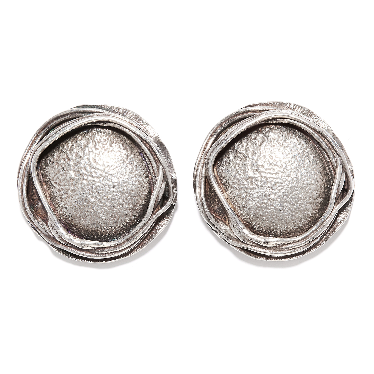 A PAIR OF SILVER EARRINGS in sterling silver, in abstract circular form, unmarked, 2cm, 7.98g.