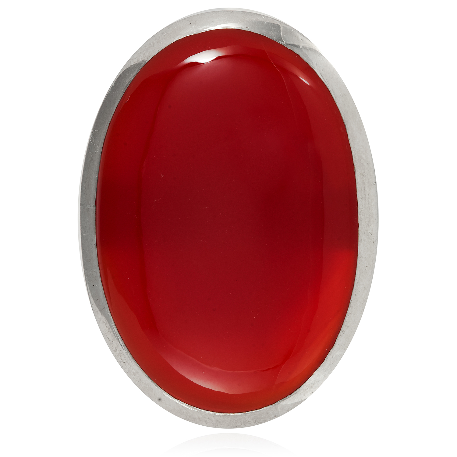 A CARNELIAN DRESS RING in sterling silver, set with a large cabochon carnelian, size P / 7.5, 26.