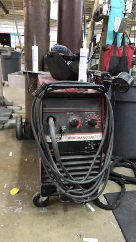 Lincoln Wire-Matic 255 Welding Machine