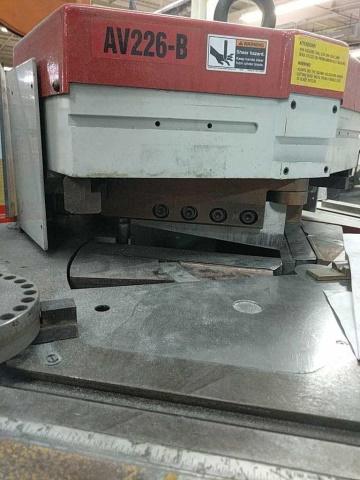 Baileigh AV226-B Av-B Power Corner Notcher - Image 2 of 6