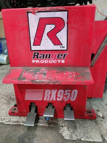 Ranger Products Rx950 Tire Changer - Image 3 of 4