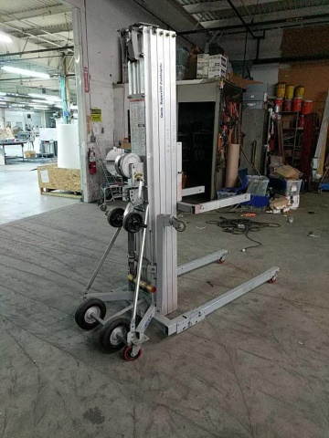 Genie Superlift Contractor SLC-24 Manual Lift