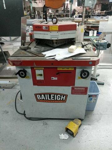 Baileigh AV226-B Av-B Power Corner Notcher