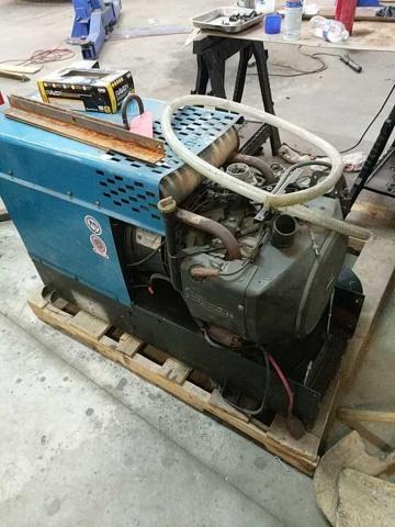 Miller Skyhook Sw-200 Cc-Ac/Dc Welding/Power Gener - Image 4 of 5