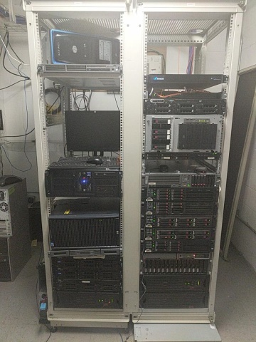 Lot 16 - Computer Racks