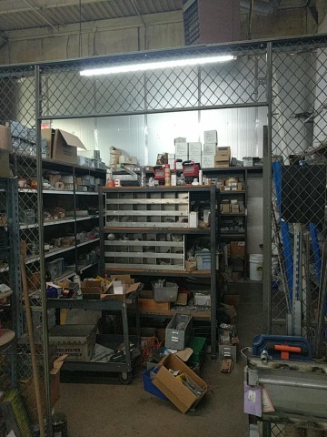 Lot 29 - Assorted Hardware