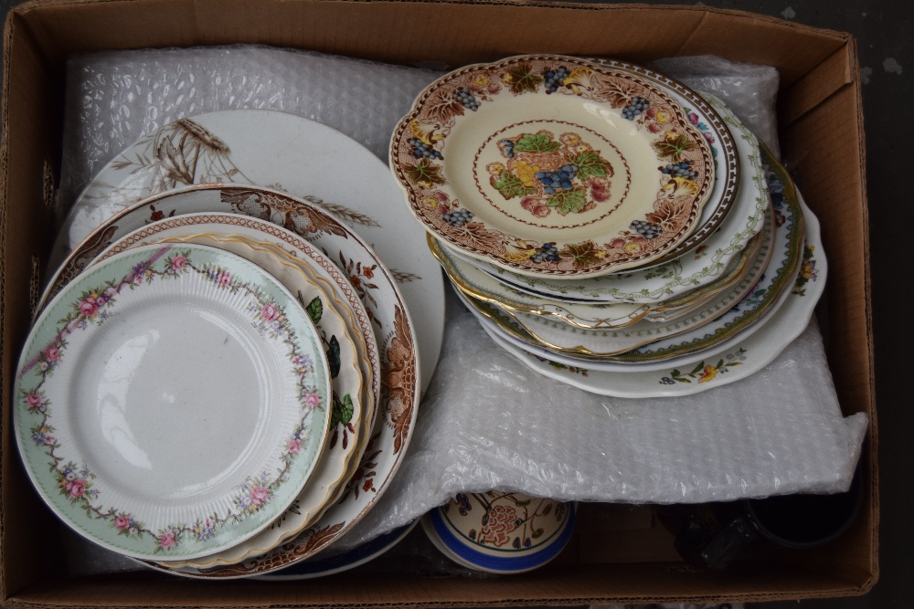 Lot 13 - A quantity of china plates including Porcelaine Royal 'Poppy', Aynsley, Nankin Bisto,