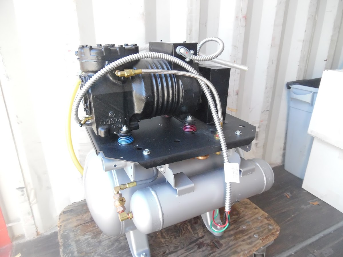 Midmark Classic Series Dental Air compressor. 208/230V single phase, 7.2 Amps, 1 HP, Only 27.6 Hours - Image 4 of 4
