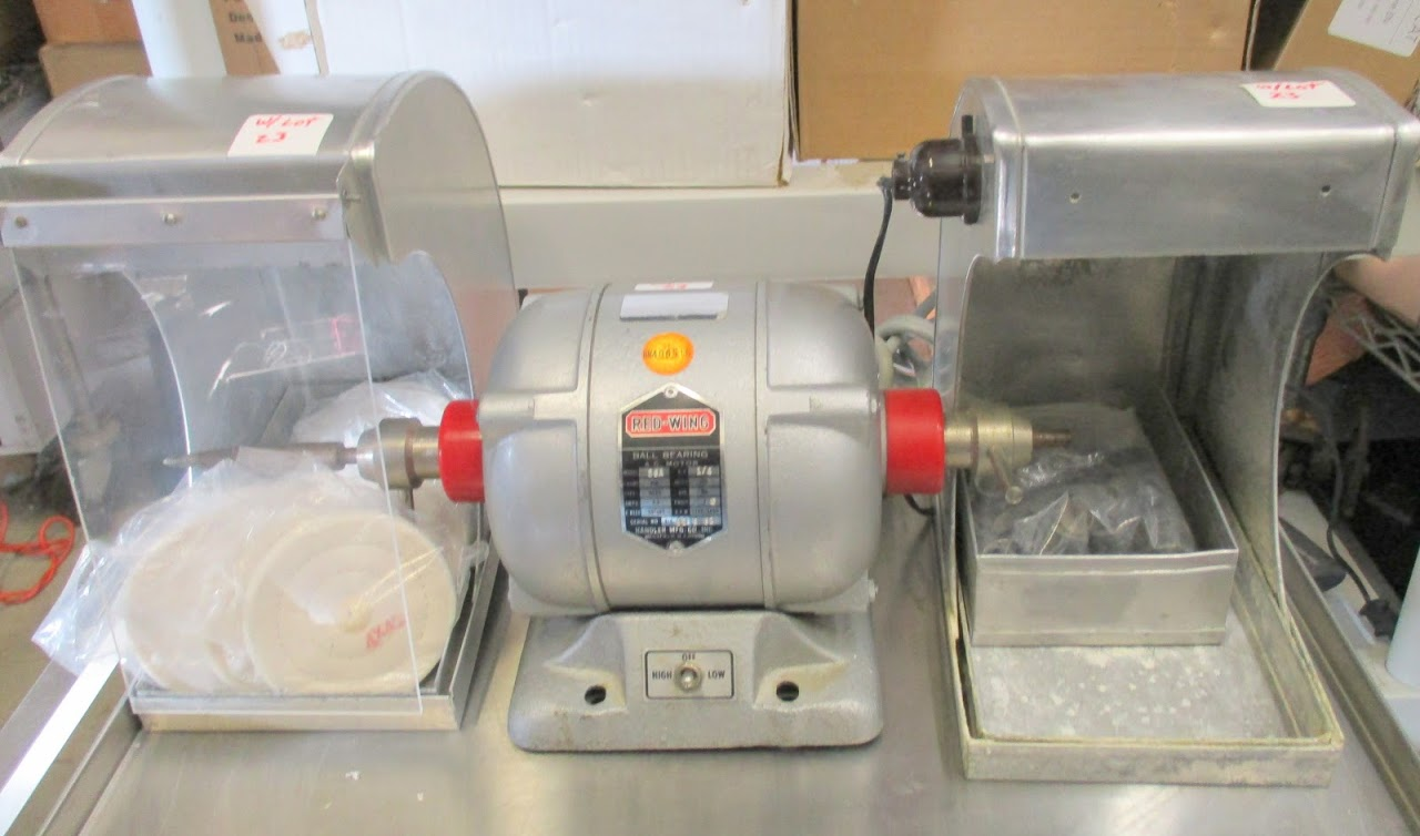 Red Wing Model 26A Dental lathe/grinder with 2 hoods and accessories. 115V 1/4 HP - Image 2 of 7