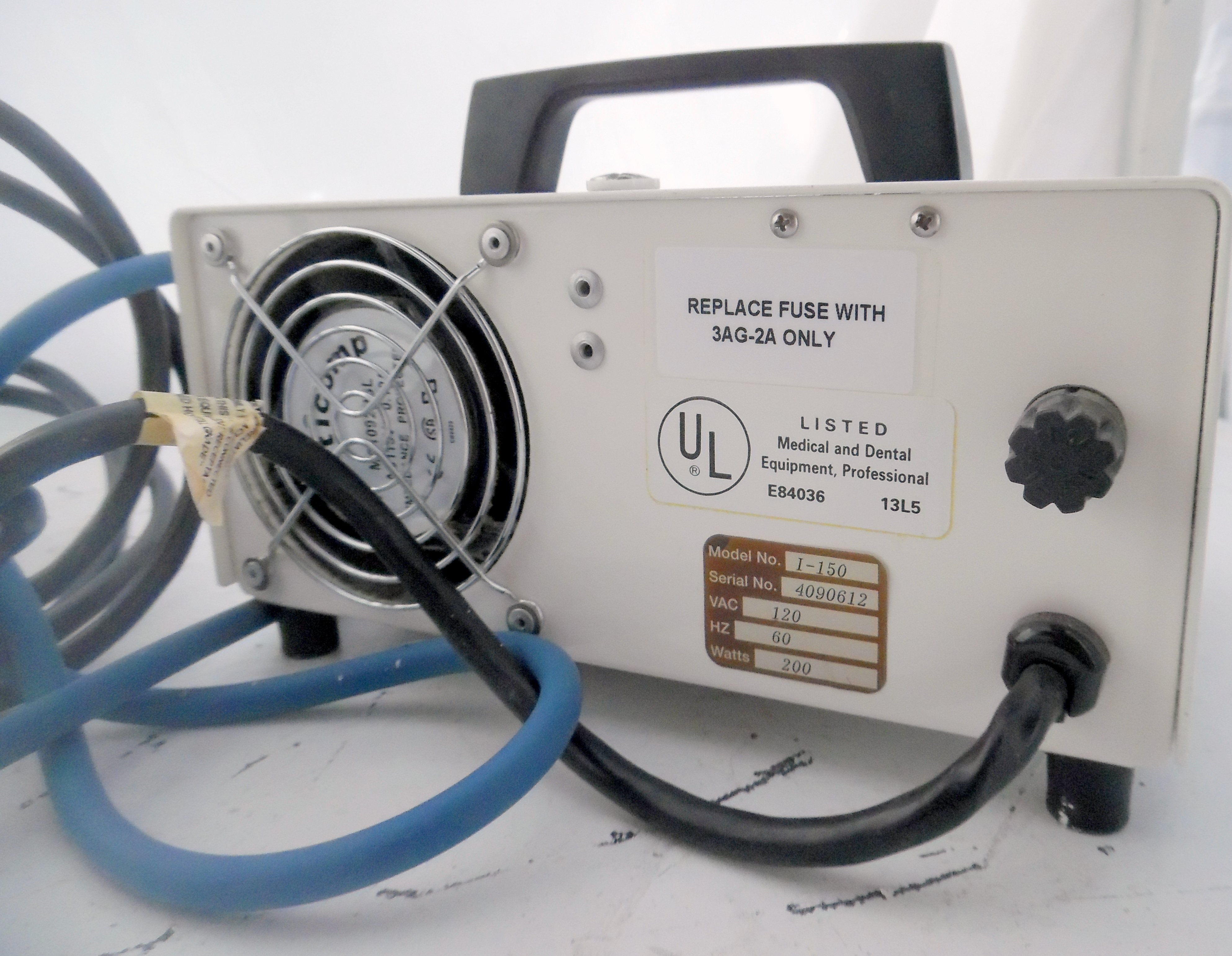 Lot 37 - Cuda Model I-150 Light Source 120V 200 Watts