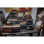 IN THE REGION OF TWO HUNDRED MIXED MODERN AND VINTAGE BOOKS INCLUDING ANTIQUE INTEREST AND OTHERS