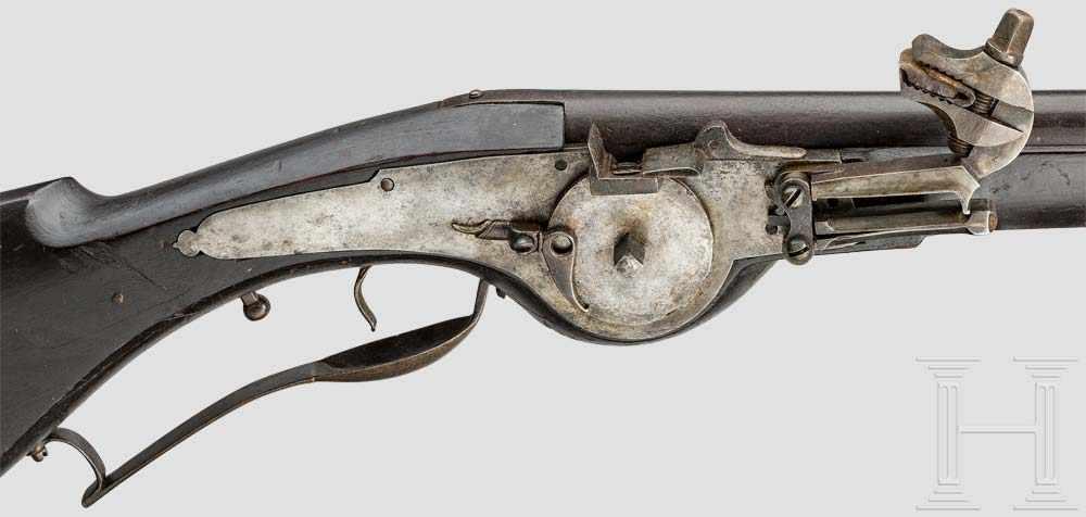 Lot 52 - Militärische Radschlossmuskete, deutsch, um 1660 Runder, geschwärzter Lauf, glatte Seele im