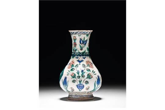 Iznik Vase Ottoman Iznik Pottery Vase 16 Th C 235 Cm