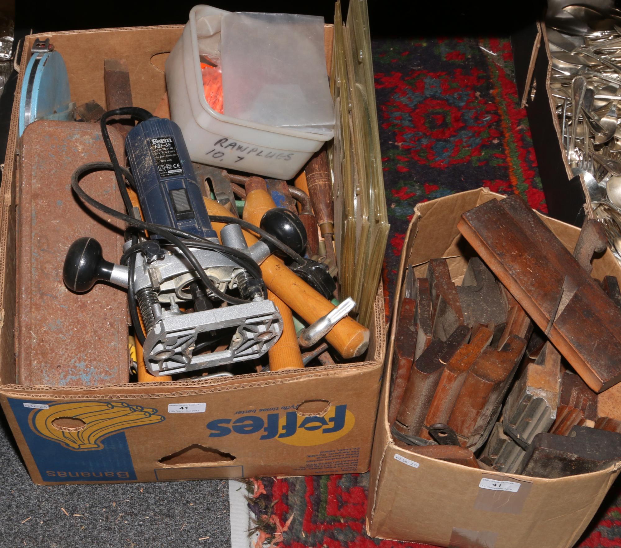 Lot 41 - Two boxes of tools to include FFRM FBF - 6E router, smoothing planes, circular saw blades, wood