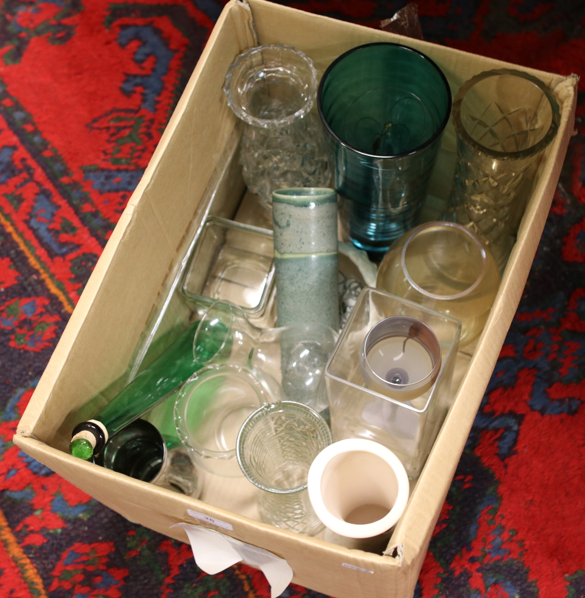 Lot 36 - A box of mainly decorative glass vases.