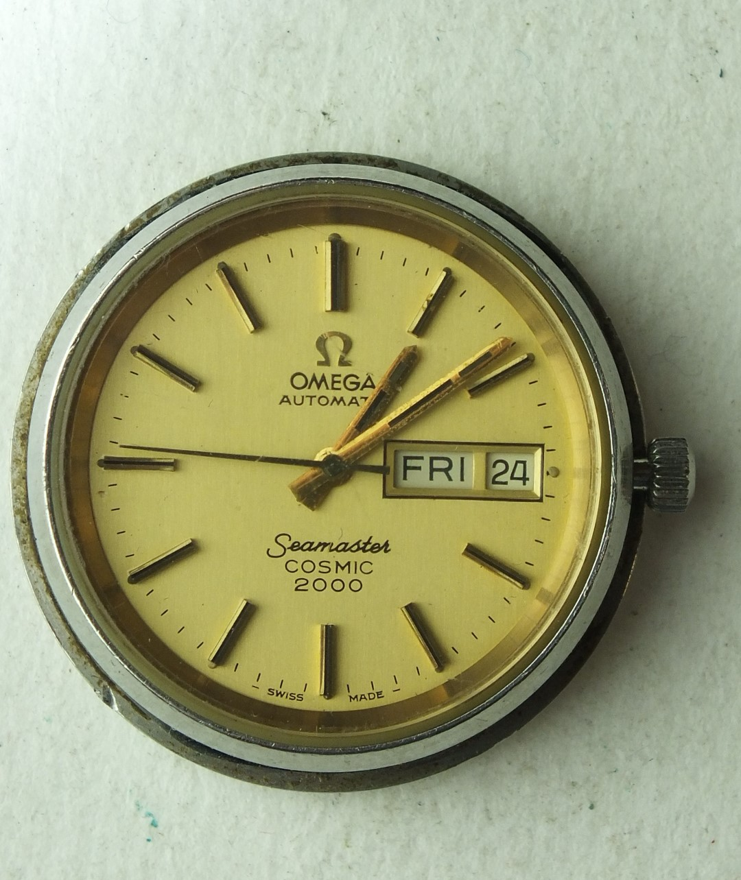 Lot 262 - Omega, Seamaster Cosmic 2000 automatic gold-plated gentleman's wrist watch, the circular champagne