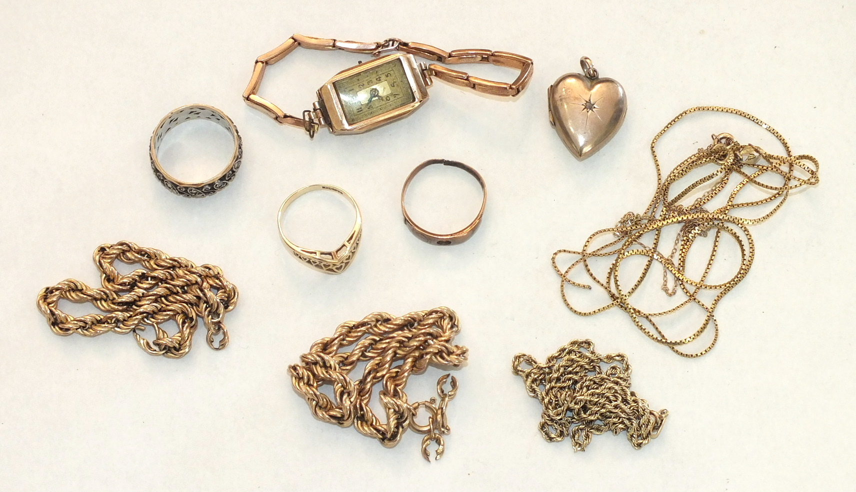 A quantity of gold chains, all a/f, and other items, gold weight approximately 23g.