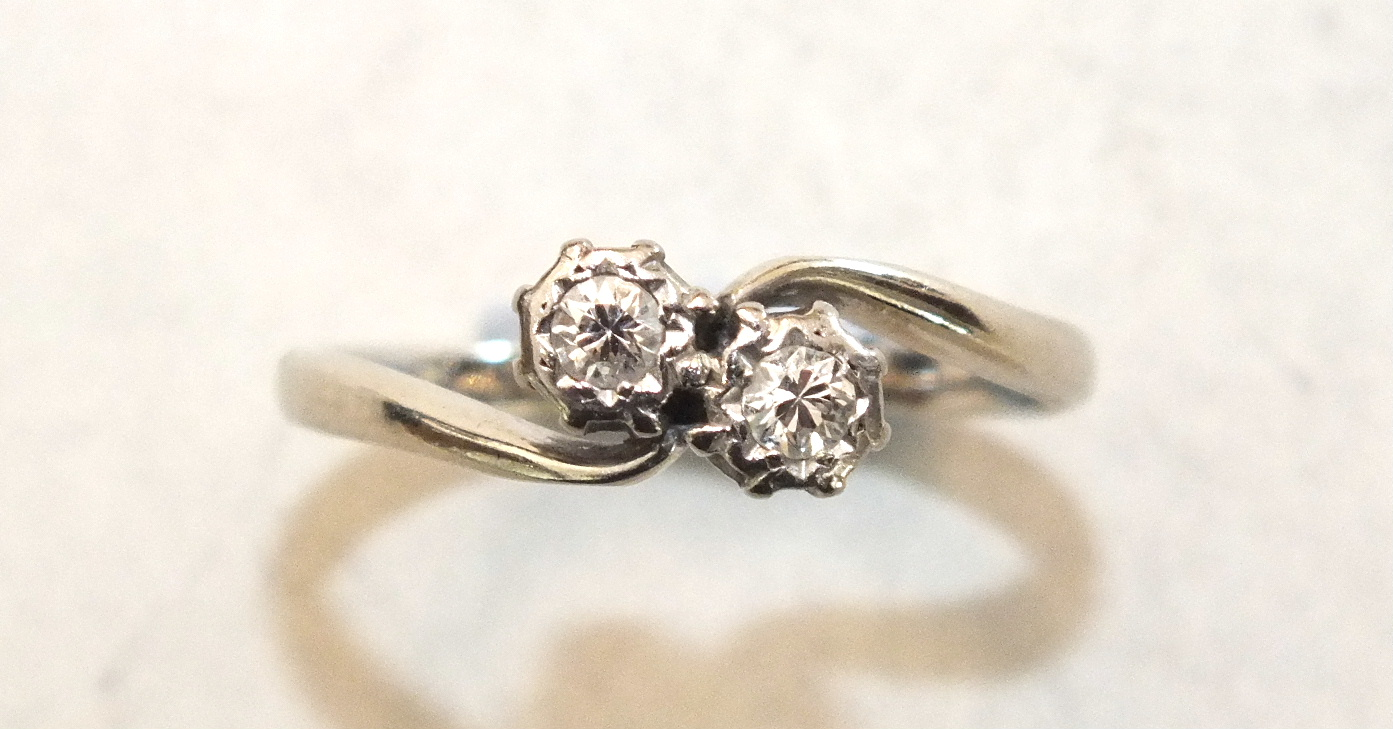 A diamond crossover ring with 18ct white gold and platinum mount, size J, 2.2g and a 9ct gold ring - Image 2 of 3