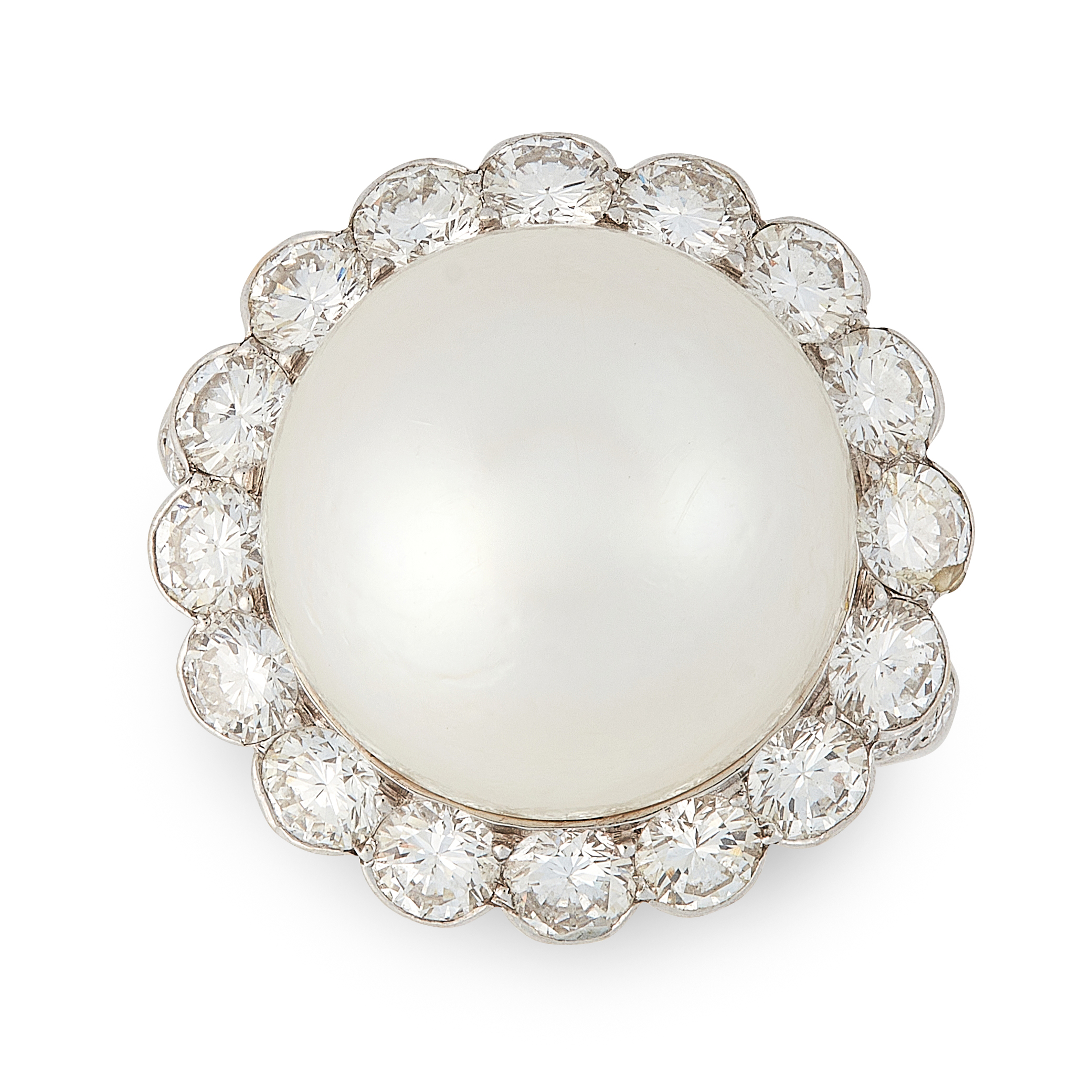 A VINTAGE CULTURED PEARL AND DIAMOND RING, VAN CLEEF & ARPELS in 18ct white gold, set with a large