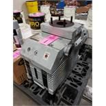 Leybold-Heraeus model D40B vacuum pump with Siemens motor.