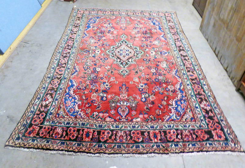 RED GROUND PERSIAN SAROUK CARPET WITH TRADITIONAL FLORAL DESIGN 300 X 210CM