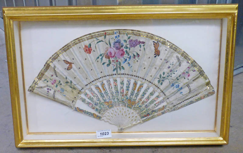 19TH CENTURY FAN IN GILT FRAME OVERALL SIZE 36 X 56 CM