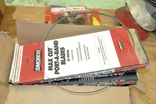 """Lot-SIMONDS 44-78"""" X 1/2"""" X 020 X 10-14 Porta-Band Saw Blades"""
