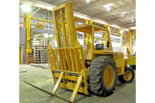 MASSEY FERGUSON MODEL MF6500 6,500-Lbs. Capacity Diesel Powered Rough Terrain Fork Lift Truck - Image 2 of 8
