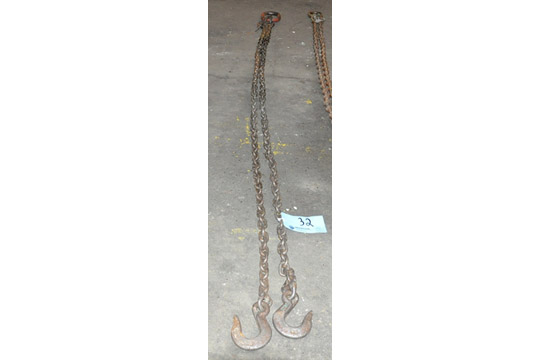 """Lot 32 - 3/8"""" Link X 96"""" 12,300-Lbs.Capacity 2-Hook Chain Sling, Cert Tag"""