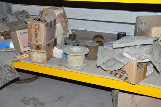 Lot-Springs, Couplings, Pipe Flanges, Oil Seals, Breakers and - Image 14 of 15